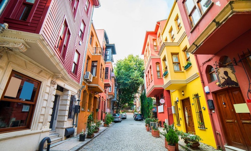 colorful houses istanbul 2 - آشنایی با خانه های رنگی استانبول